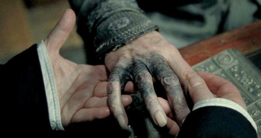 mano dumbledore horrocrux